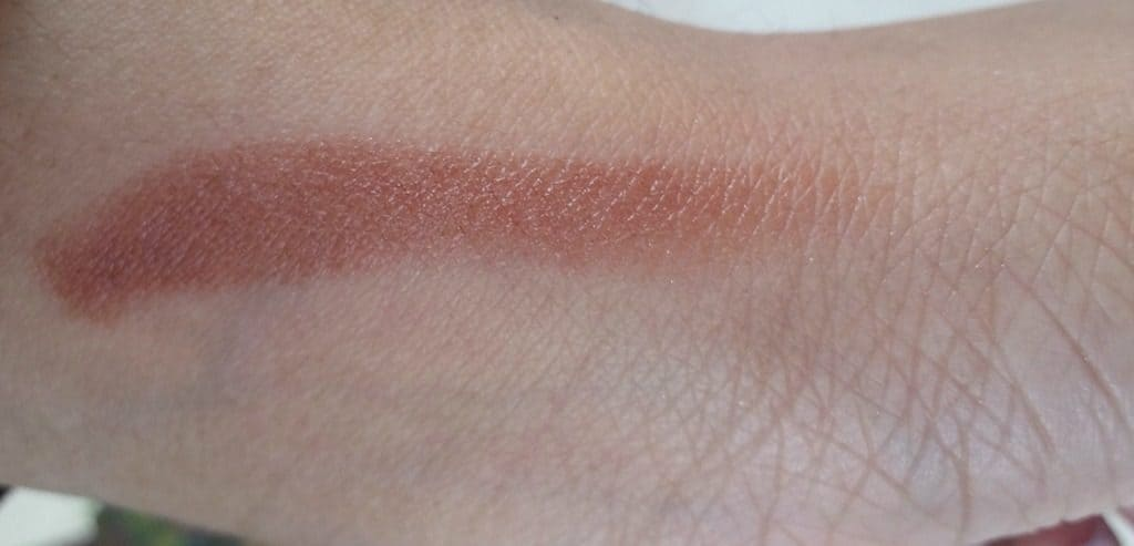 Streetwear Colour Rich Ultramoist Ginger Hot Lipstick Review 2